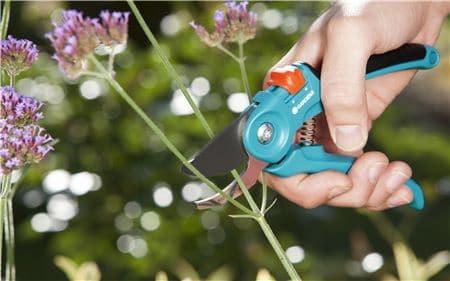 Gardena Gartenschere B/S für Blumen und junge Triebe