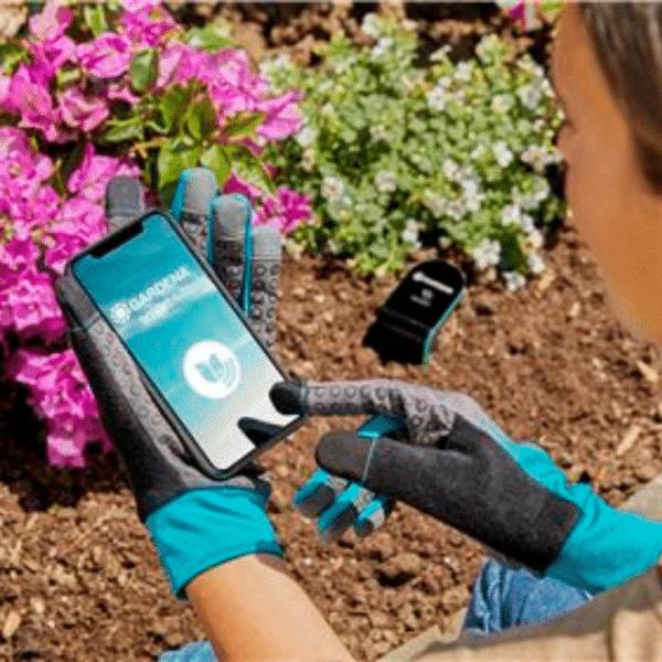 Gardena Gartenhandschuh: Mobile Touch - Handy bedienen ohne die Handschuhe ausziehen zu müssen